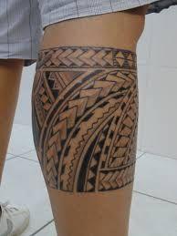 maori tattoos back Tattoo Maori Perna, Maori Tattoo Arm, Tribal Back Tattoos, Girls With Sleeve Tattoos, Leg Tattoo Men, Calf Tattoo, Samoan Tattoo, Leg Tattoos, Arm Band Tattoo