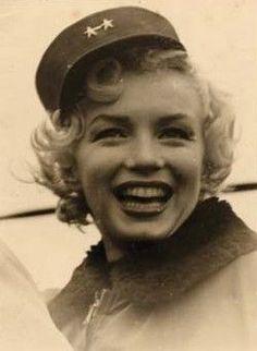 Marilyn in Korea, Feb. 1954.