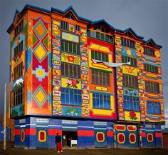 Cholet, Ciudad de El Alto, Bolivia ( a new culture in architectural design)