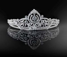 this tiara was originally owned by Grand Duchess Josephine Charlotte of Luxemburg.  It is now worn by her sister-in-law, Grand Duchess Marie Teresa.
