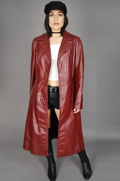Long Leather Coat, Leather Trench Coat, Leather Jackets, Modern Outfits, Vintage Denim, Vintage 70s, Leather Fashion, Vintage Outfits, Vintage Clothing