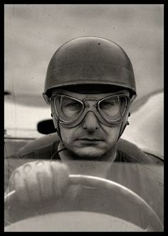 This is the gritty determination of a typical mech pilot (F1 Juan Manuel Fangio)