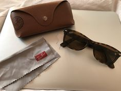 Značka  Rayban. Krásne hnedé RAY-BAN slnečné okuliare 918d730c303