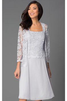 06ee2f761c43 Krátké šedé společenské šaty s krajkovým kabátkem