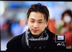 160111 Taeyang at Kansai Airport, heading to Seoul