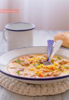 Arroz meloso con atún. Una receta fácil y riquísima. No os perdáis esta cena rápida con arroz y atún que seguro conquistará a toda la familia.