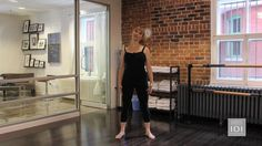 Miranda Esmonde-White, host of PBS's Classical Stretch gives a mini workshop on how to correct your posture. Miranda Esmonde White, Hip Pain Relief, Dynamic Stretching, Aging Backwards, Reverse Aging, Better Posture, Anti Aging Tips, Yard Design, Best Yoga