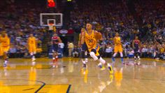 nbagifstory:Stephen Curry Golden State Warriors
