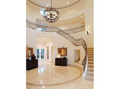 """I die for this entrance! (Nick Lachey & Jessica Simpson's """"Newlyweds"""" Love Nest.)"""
