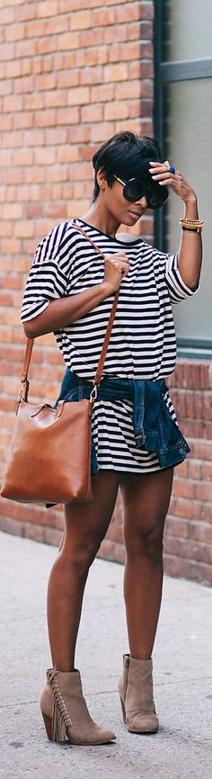 T-Shirt Dress And Booties / Fashion By Kyrzayda