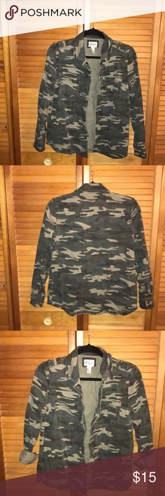 Forever21 Camouflage Utility Jacket Forever21 Rugged Camouflage Utility Jacket. Button down jacket with two front pockets. Top is distressed material, in great condition only worn a few times. Color is slightly faded from wash so color is slightly less vivid Forever Unique Jackets & Coats Utility Jackets