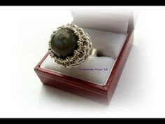 DIY how to make a ring using superduo beads and a pearl/gemstone