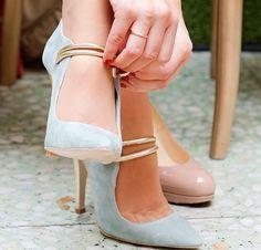Zapatos de novia en verde claro.....