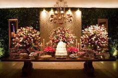 Ana Helena Biagiotti ♥ Roberto Esteves - Constance Zahn   Casamentos Wedding Themes, Wedding Designs, Wedding Venues, Wedding Centerpieces, Wedding Decorations, Table Decorations, Dream Wedding, Wedding Day, Wedding Table