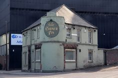 Sheffield's abandoned pubs: The Corner Pin Sheffield Pubs, Old Pub, Pub Food, Pinterest Marketing, 2 In, Yorkshire, Media Marketing, Abandoned, Restaurants