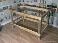 How to make a sturdy table structure to make a .- Cómo hacer una estructura de mesa resistente para hacer una mesa de trabajo muy… How to make a sturdy table structure to make a very stable work table for the home carpentry workshop. Building A Workbench, Folding Workbench, Diy Workbench, Woodworking Workshop, Woodworking Projects Diy, Electric Planer, Studio Room, Wooden Bar, Cool Bars