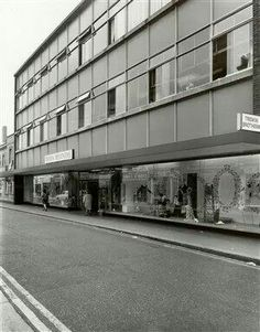 Dickens And Jones, Watford, Fields, Multi Story Building, Louvre, Exterior, London, Travel, Childhood