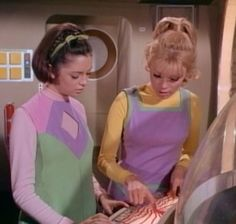 """Lost in Space Season 3 Episode 22 """"The Flaming Planet """""""