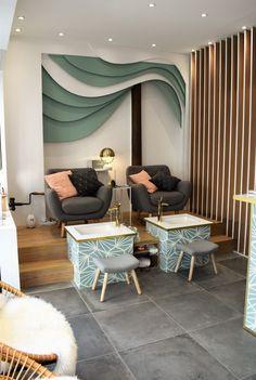 Spa Interior, Beauty Salon Interior, Salon Interior Design, Cafe Interior, Spa Room Decor, Beauty Room Decor, Beauty Salon Decor, Nail Salon Design, Nail Salon Decor