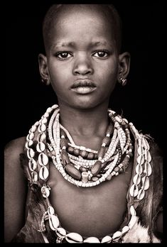 Ethiopia - Omo Black & White      Portraits / January 2010   John Kenny www.john-kenny.com