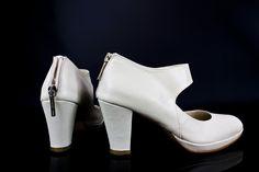 #zapatos #diseño #original #madeinspain #design #shoes #handcrafted #womenshoes #moda #fashion #porencargo #madetoorder #custommade #scarpe #schuhes #chaussures #sabates #oinetakoak jorgelarranaga.com