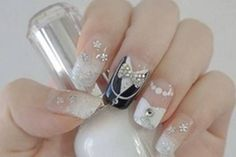 Opting for bright colours or intricate nail art isn't a must anymore. This year, nude nail designs are becoming a trend. Here are some nude nail designs. Wedding Nails For Bride, Bride Nails, Wedding Nails Design, Nail Wedding, Bling Wedding, Glitter Manicure, Gold Nails, Fun Nails, Gold Glitter