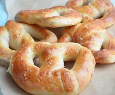 ik voor het eerst Pretzels. Soft Pretzels zijn zachte broodjes gemaakt van een wit brooddeeg in de vorm van een krakeling. Op de originele P...