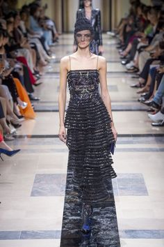 #GiorgioArmani  #fashion  #Koshchenets     Giorgio Armani   Haute Couture - Autumn 2017   Look 42