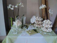 στολισμος γαμου τραπεζι - Αναζήτηση Google Decoration Table, Wedding Table, Glass Vase, Wedding Decorations, Wedding Inspiration, House Design, Google, Home Decor, Candy