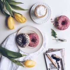 Just perfect afternoon  . #vsco#vscocam#vscodaily#vscophile#vscoph#vscogood#vscogram#vscogrid#vscofeature#tv_living#instapic#instacool#instafood#instagood#instamood#instadaily#instalove#coffee#coffeetime#coffeebreak#coffeelover#coffeeaddict#donut#donuts#sweet#coffeexample#flowerporn#flowerstagram#flowersofinstagram#flowers by minimaliving
