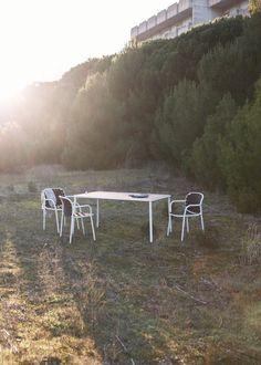 YARD for emu by Stefan Diez seats and tables image by Robert Fischer www.emu.it www.stefan-diez.com