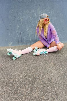 Rio Roller: lifestyle photography of retro skates - Marianne Taylor Rio Roller, Roller Disco, Retro Roller Skates, Roller Skate Shoes, E Skate, Skate Girl, Foto Tablet, Roller Skating Pictures, Skate Photos