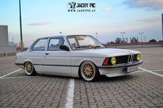 BMW 316 E21 – Airride