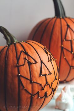 Diy Yarn Jack 'o Lantern Face