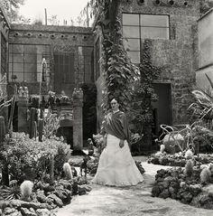 GypsyYaya: New Glimpses Into Frida Kahlos World