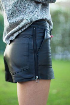 Look – Shorts de Couro