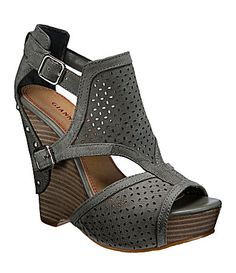 9e571e7d95f You must own a pair of Gianni Bini shoes.