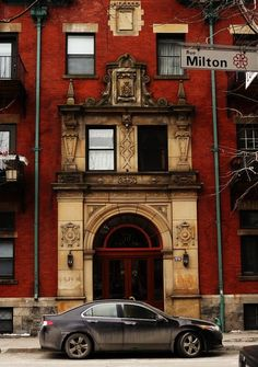 Had a good year living in this building! --- Montréal. Les appartements Marlborough, cr.1900. Rue Milton