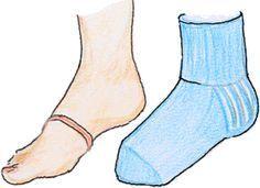 * Sukkien koko? Mitat ja silmukkamäärät -taulukko Diy Crochet And Knitting, Crochet Slippers, Knitting Socks, Knitting Projects, Crochet Projects, Knitting Patterns, Crochet Patterns, Diy Clothing, Clothing Patterns