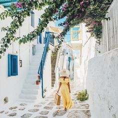 #mykonos #greece Took a cab down to the town in the morning to explore and do some last minute boutique shopping towards the end of my trip!
