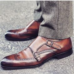 Sharp looking Monkstrap varied brown transition, and nicely brogued.