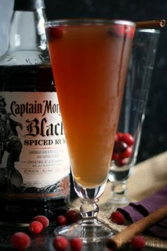Spiced Cranberry Rum Fizz #CaptainsTable   by www.girlichef.com
