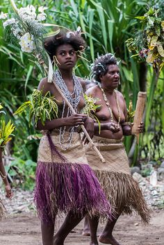 Tutte le dimensioni |Malekula32, via Flickr.Malakula Island also spelled Malekula, is the second-largest island in the nation of Vanuatu