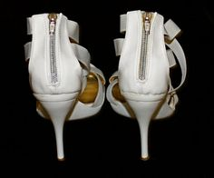 Vintage 80s authentic Mauro Giuli signed Italian white patent leather stiletto shoes sexy sandals zip zipper back pelle Italy stilleto heels  available on etsy!