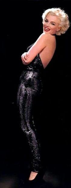 *Marilyn Monroe-Glamorous Sleeveless Jumper*-♡ ♔LadyLuxury♔