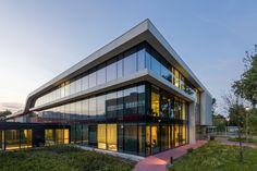 Radiotherapiecentrum West HMC Antoniushove - dutch architecture #dJGAarchitecten