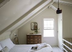 The Soulful Side of Old Cape Cod: Justine's Family Cottage Attic Rooms, Attic Spaces, Small Spaces, Home Design, Cape Cod Bedroom, Cape Cod Cottage, Beach Cottage Style, Beach House, Coastal Style