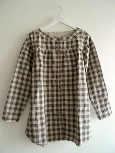 Linen cotton tunic with wooden buttons