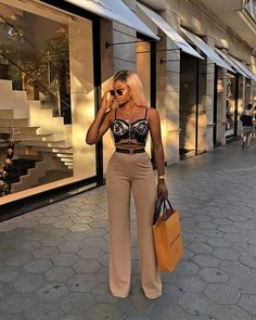 Womens Clothes Shops Near London Bridge beyond Women's Clothes Key West behind Womens Clothes Shops as Classy Outfits For Middle School Boujee Outfits, Cute Casual Outfits, Stylish Outfits, Fall Outfits, Summer Outfits, Fashion Outfits, Fashion 2018, Trendy Swimwear, Looks Chic