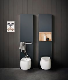 Agape wall-mounted Pear 2 sanitary ware by Patricia Urquiola with Monolith by Agape and Geberit. Learn more about it on agapedesign.it #agapedesign #interiordesign #agape #bathroom